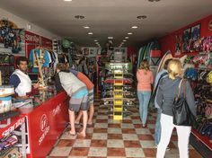 Conoce nuestro centro de @lasantaprocenter en la caleta de #Famara #lanzarote . #lasantasurfprocenter #surfstore #surfschool #surfshop #surfstorelanzarote  http://ift.tt/SaUF9M
