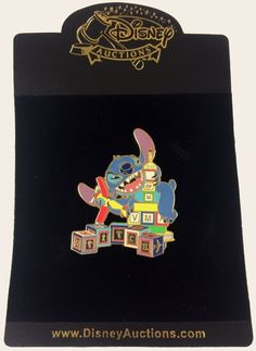 Disney Auctions (P.I.N.S.) LE 1000 Pin - Stitch as King Kong #2 #Disney