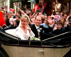 ANOTHER WEDDING Prince Edward marries Sophie Rhys-Jones on June They become the Earl and Countess of Wessex. This year, Charles and Camilla have their first official date. Prince Charles And Diana, Prince Edward, Prince Philip, Elizabeth Ii Young, Queen Elizabeth, Princess Haya, Royal Jordanian, Viscount Severn, Lady Louise Windsor