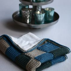 Baby Blanket Tutorial Part 1: Making Single Crochet Squares and Assembly
