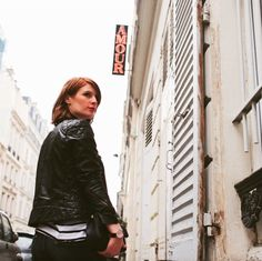 Plus que quelques jours avant l'ouverture du E-shop VeryMojo, Stay tunned  #verymojo #comingsoon #paris #hotelamour #lookbook #fashionproject #teaser #nosilaprod #amour  ► www.verymojo.com ◄