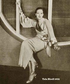 Tala-Birell---1932-winter-fashion