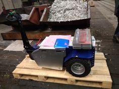 M11 Zallys, ručne vedený ťahač určený pre sťahovanie ťažkých bremien vo výrobných závodoch a v logistických centrách. Magnetická brzda elektromotora proti náhodnému pošmyknutiu, prevod ozubenými kolesami. Rôzne druhy ťažného zariadenia. Rýchlosť – 5 km/h; Ťažná kapacita až 15 000 kg; Nosnosť vozíka 500kg; Sklon 15°. Vyrobené v Taliansku. Toys, Car, Activity Toys, Automobile, Clearance Toys, Gaming, Games, Autos, Toy