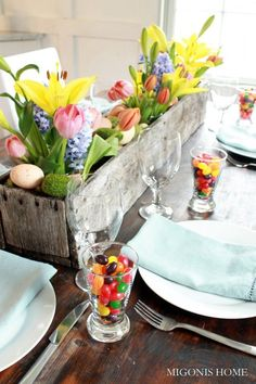 Love the little cups of jelly beans at each place setting