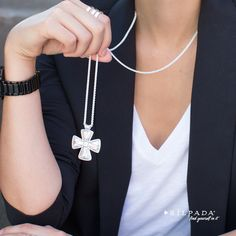 Make a sterling statement with our Posh Principles necklace. #SilpadaStyle #BlackAndWhite