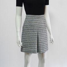 インバーテッドプリーツツイードスカート