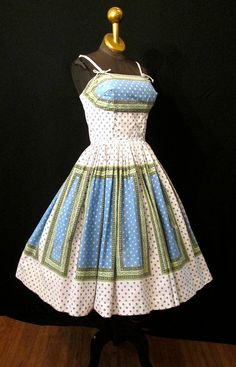 1950's Sundress. Great print placement......