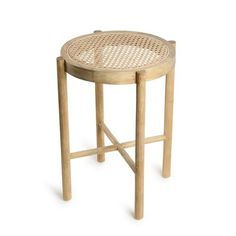 Beautiful webbing stool by HK Living. Mix and Match your contemporain, vintage, industrial or Scandinavian interior decoration with this retro style webbing cof Style Retro, Style Vintage, Wooden Stools, Wooden Tables, French Bistro Chairs, Rattan Stool, Black Stool, Wood Patterns, House Doctor