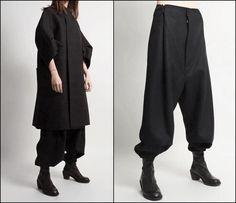 Creating the Men Minimalist Fashion Wardrobe Harem Pants, Trousers, Men's Pants, Plaid Pants, Cool Outfits, Fashion Outfits, Fashion Fashion, French Fashion, Ladies Fashion