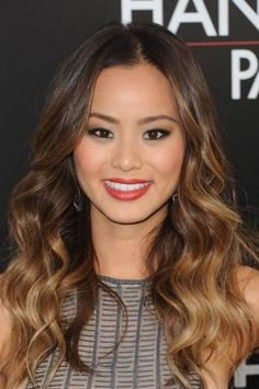 Best Party Hairstyles for Wavy Hair