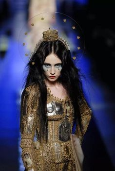 Mary, Our Lady of Haute Couture, by Jean Paul Gaultier Fashion Art, Fashion Week, Runway Fashion, High Fashion, Fashion Show, Fashion Design, Couture Fashion, Womens Fashion, Jean Paul Gaultier