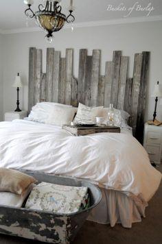 Hier Kommt Eine Bauanleitung, Wie Sie Bett Kopfteil Aus Recycliertem Holz  Selber Bauen Können. Die Idee Lässt Sich Ziemlich Einfach Umsetzen