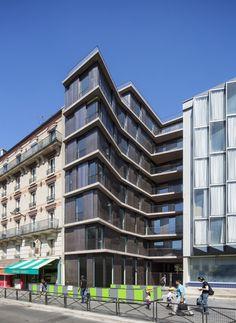 Rue Du Chateau Des Rentiers' Housing / Explorations Architecture Building Exterior, Building Design, Facade Design, House Design, Interior Architecture, Unique Architecture, Residential Architecture, Rue, Paris 13