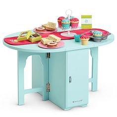 American Girl Doll Brand Baking Table & Treats (own cupcakes) American Girl Doll Room, American Girl Furniture, Accessoires Barbie, American Girl Accessories, America Girl, Table Accessories, Doll Accessories, Doll Furniture, Toys For Girls