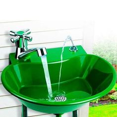 Ever wished for an outdoor sink? With this 2-in-1 Water Fountain Faucet, installing a garden sink is easy! You don't even need the plumber - simply connect it to any outdoor hose spigot and garden hos
