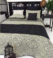 Mendhi Reversible Comforter Set Black/Natural