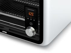Let This Intelligent Oven Cook All Your Meals For You - MATERIAL - the controls/screen are placed in such a smart way. Kitchen Tools, Kitchen Appliances, Micro Oven, Innovation, Oven Cooking, Tech, Microwave Oven, Consumer Products, Four