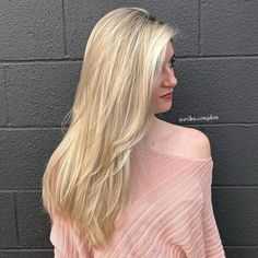 40 Picture-Perfect Hairstyles for Long Thin Hair Coiffure blonde longue avec des couches Haircuts For Fine Hair, Layered Haircuts, Long Thin Hair, Hair To One Side, Hair Loss Remedies, Undercut, Down Hairstyles, Dark Hair, Short Hair Styles