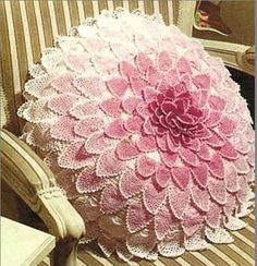 Crochet pillow with diagram.assortment of crochet pillow's and charts! Crochet Home Decor, Crochet Crafts, Crochet Doilies, Crochet Flowers, Crochet Stitches, Crochet Projects, Crochet Patterns, Crochet Cushion Cover, Crochet Cushions