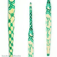 Hand carved and painted crochet hook inspired by the award winning crochet work of Susan Walsh of Australia. (@peppergoose)