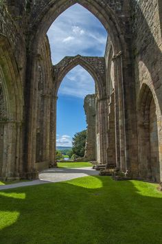 Arches, Bolton Abbey, England photo via myutopian