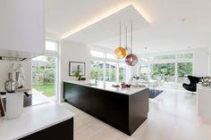 Modern House by Skanlux « HomeAdore Living Room Interior, Kitchen Interior, Interior Design Living Room, Kitchen Design, Beautiful Modern Homes, Open Concept Kitchen, Loft, Home Fashion, Modern House Design