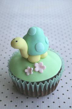 turtle cupcake - too cute to eat