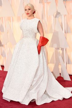 Lady Gaga's gloves were seriously the talk of the #Oscars red carpet.