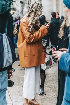 Street Style PFW X (Collage Vintage)