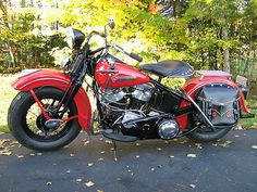 Harley-Davidson : EL - It's a Knucklehead! My dream bike. Hd Motorcycles, Vintage Motorcycles, American Motorcycles, Harley Davidson Knucklehead, Harley Davidson Motorcycles, Custom Harleys, Classic Bikes, Old Bikes, Vintage Harley Davidson