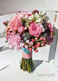 #kwiatownia #bouquet #bridal #bride #bridesmaid #slub #wesele #bridalbouquet #flowers #flowerinspirations #inspirations #weedingday #floral #art #design Weeding, Love Flowers, Bouquets, Floral Design, Floral Wreath, Bridesmaid, Wreaths, Bridal, Decor