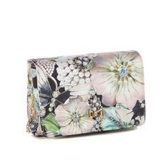 I'd bring a variety of dressy clutches to the shoot - to go with the wide variety of models, dresses and shoes.