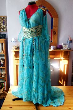 "Daenerys' Qartheen Gown - ""Game of Thrones"" Season 2"