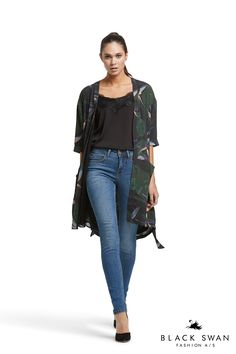 Julia kimono, Jillian top and Jade jeans Cool kimono with paradise flower print in green and black, pretty strap top with lace detail and basic jade denim jeans. Black Swan Fashion SS17