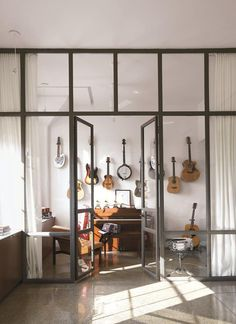 Music room by Poteet Architects