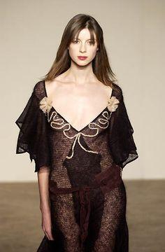 Caitriona Balfe for Roland Mouret - 2002 Fashion Art, Fashion Models, Uk Actors, Sam And Cait, Caitriona Balfe, Dress Patterns, Celebs, Actresses, Walkways