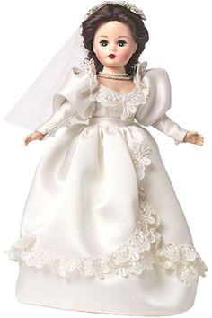 Madame Alexander Dolls 10 inch Scarlett O Hara marries Charles Hamilton le 300 2014 Beautiful Dolls, Beautiful Bride, Pretty Dolls, Vintage Madame Alexander Dolls, Annette Himstedt, Scarlett O'hara, Bride Dolls, Doll Stands, Vintage Dolls