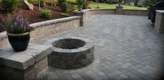 Outdoor firepit construction and fire pit designs