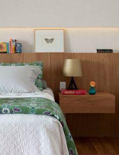 Prateleira com LED para quarto de casal