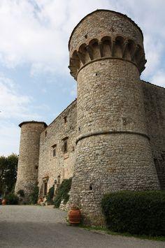 Castello di Meleto, Gaiole in Chianti http://www.poderesantapia.com/italiaans/gaioleinchianti.htm