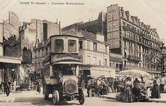 Le męme carrefour du boulevard de Rochechouart vers 1900.