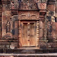 Carvings of Banteay Srei, II