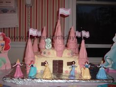 Cake idea- too bad my girls are out of the princess phase I really think I could do this
