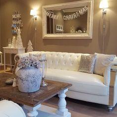 For et nydelig hjem!! @englehvitt   #englehvitt #onetofollow #interiør #interior #skandinaviskehjem #nordiskehjem #boligpluss#christmas #stue #livingroom #landlig #shabbyyhomes #levlandlig #interior123#detaljer #interior4you1#interior123#instahome #interiør2you #interior4all #vakrehjem #norwegianhome #roomforinspo #interiorforinspo #dream_interiors #interiorlovers #livingdelux1#interior_and_living #interior125#interordesign#interior_and_living