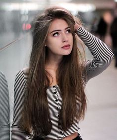 53 Amazing and Unique Hairstyles for Summer for Girls – Page - Hair Styles Stylish Girls Photos, Stylish Girl Pic, Easy Hairstyles For Long Hair, Unique Hairstyles, Hairstyle Ideas, Girl Hairstyles, Sporty Hairstyles, Bridal Hairstyle, Indian Hairstyles