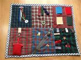 Résultat d'images pour Fidget Ideas for Men Quilt Sewing Hacks, Sewing Crafts, Sewing Projects, Lap Blanket, Weighted Blanket, Nursing Home Gifts, Diy Quiet Books, Sensory Blanket, Fidget Blankets