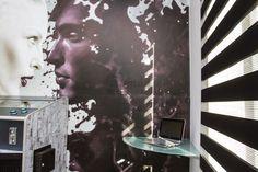Black and white Sávroló -creative covering Living Room Blinds, House Blinds, Cellular Blinds, Blinds Design, Fabric Blinds, Roller Blinds, Facade, Black And White, Creative