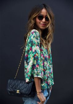 Who What Wear's Summer Wardrobe Challenge via Style your jeans with a silky printed blouse Fashion Mode, Look Fashion, Fashion Beauty, Inspiration Mode, Gianni Versace, Summer Wardrobe, Who What Wear, Spring Summer Fashion, Passion For Fashion