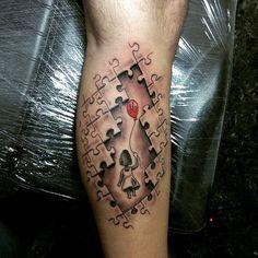 Resultado de imagem para tatuagem quebra cabeça