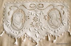 beautiful antique cutwork antimacassre